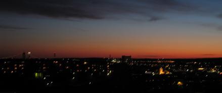 Natten sänker sig över Göteborg
