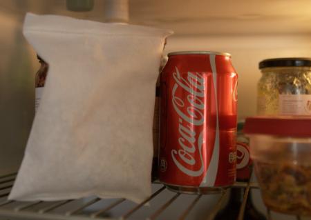 Doppio Fridge i kylen, tillsammans med Coca Cola och övriga matvaror