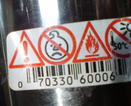 Varning! Får ej utsättas för sura barn!